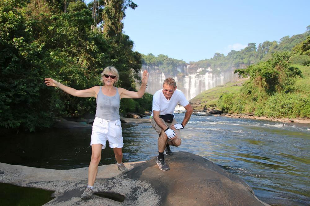 ANGOLA,  Chutes de Calandula ,  les Pedras Negras, Lobito, Sumbe, Quibala